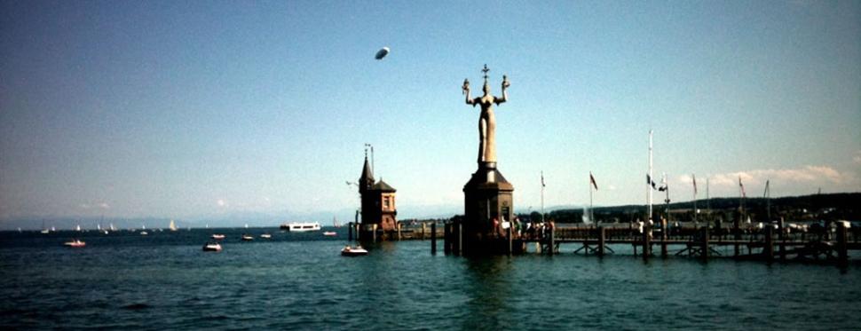 Die Imperia im Hafen von Konstanz am Bodensee