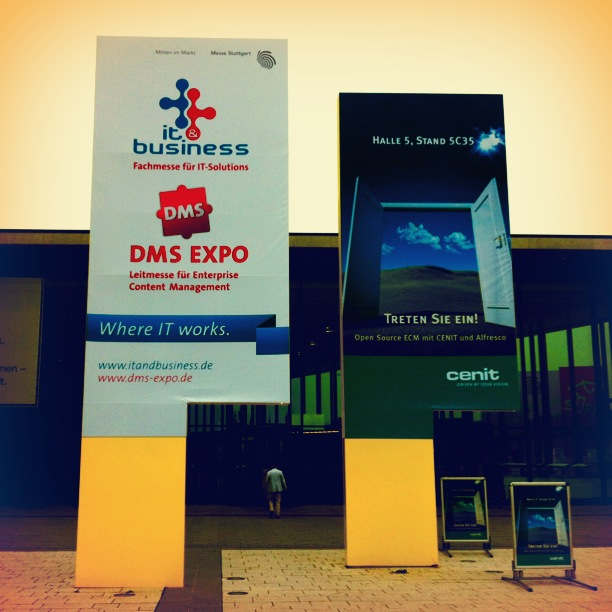 Eingang zur DMS EXPO / IT & Business 2012