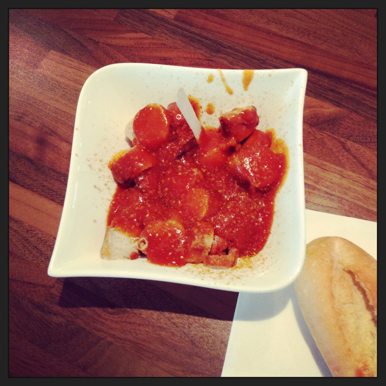 Curry 76 Currywurst