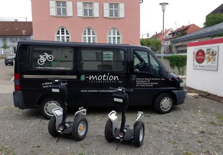 Zwei Segway X2 von e-motion Technologies