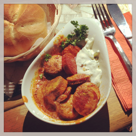Currywurst mit Zaziki