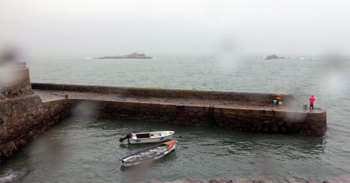Coliemore Harbour