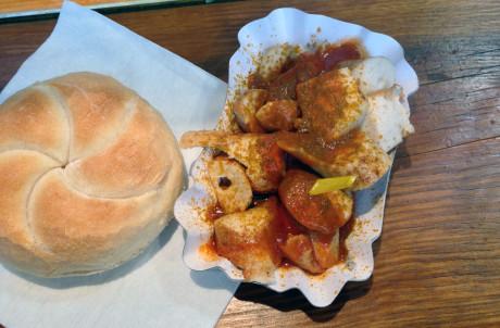 Currywurst mit Schaschliksauce