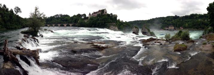 Rheinfall Panorama vom oberen Ufer