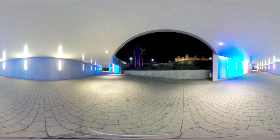 Unterführung Aesculap-Kreisverkehr bei Nacht