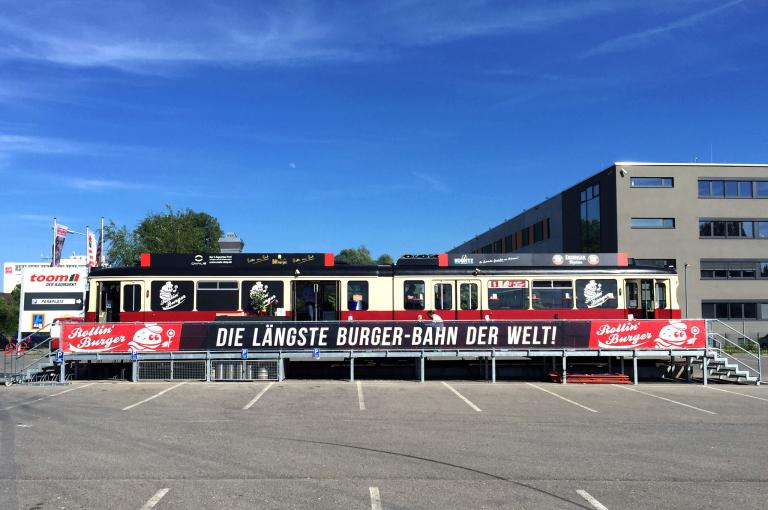 Die längste Burger-Bahn der Welt!