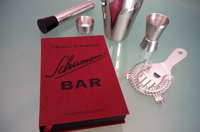 Schumann's Bar: The Artistery of Mixing Drinks