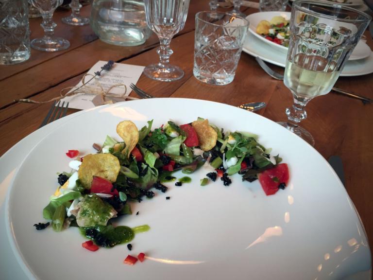 Vorspeise: Salade nicoise