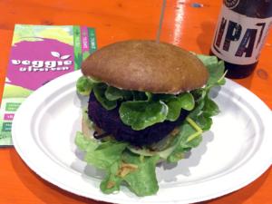 Season-Burger auf der Veggie & frei von
